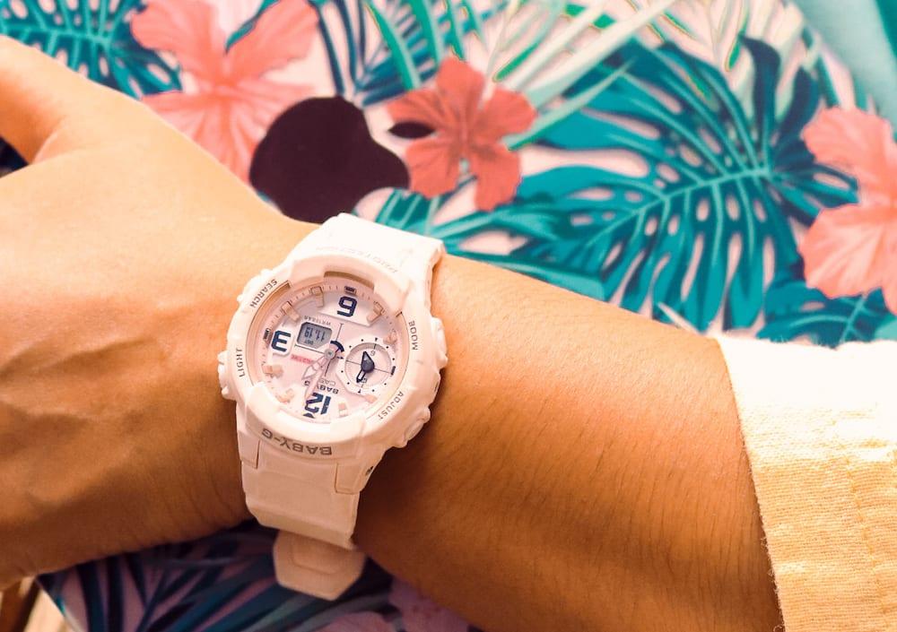 jam-tangan-wanita